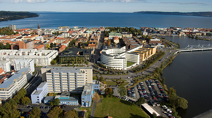 Jönköping University seen from above with Lake Vättern in the background